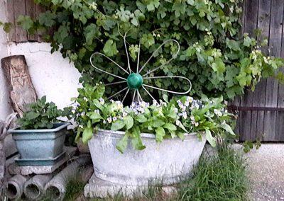 Liebevolle Blumendetails des Gasthof zum Bergerwirt